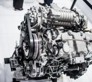 """""""Euro NCAP"""" automobilių taršos tyrimo rezultatai: vidaus degimo variklis nenusileidžia elektromobiliams"""